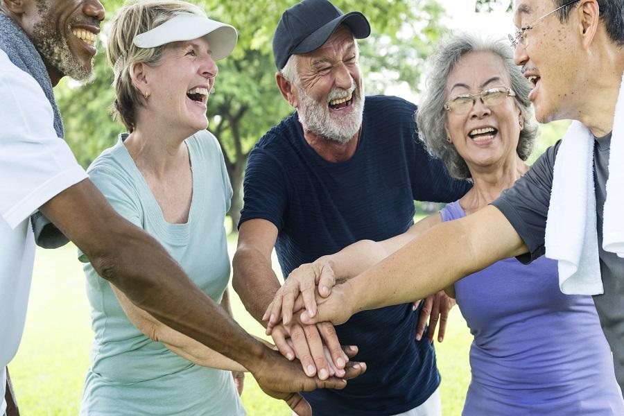 Quelle activité choisir pour passer du temps avec de nouvelles personnes ?